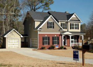 Makelaar inschakelen voor de verkoop van je huis